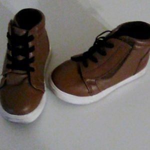 Babies Wonder Nation brown boots